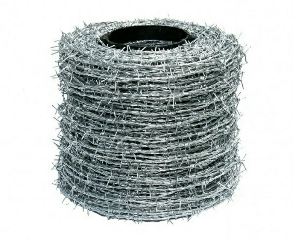 Barbed-Wire-on-a-roll
